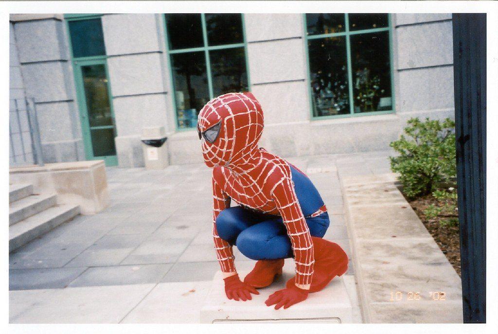 scuba spiderman cosplay