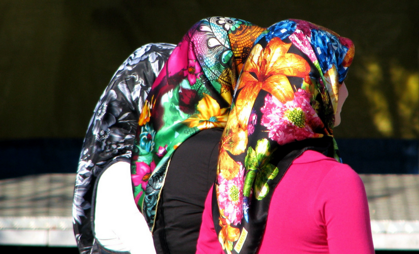 design your own head scarf
